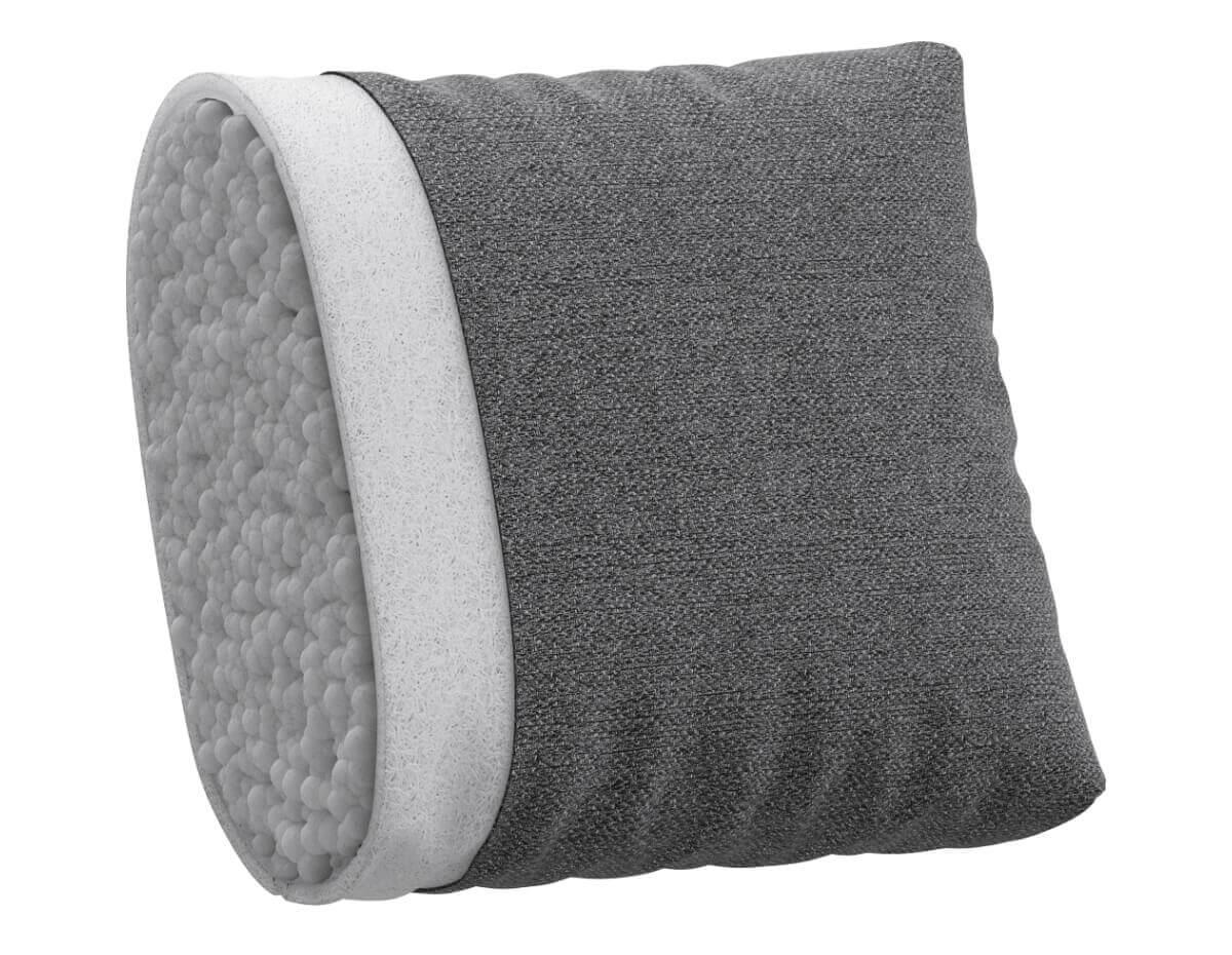 Мягкие набивные подушки в сочетании холлофайбера и эластичной пены, поддерживают спину в комфортном положении.